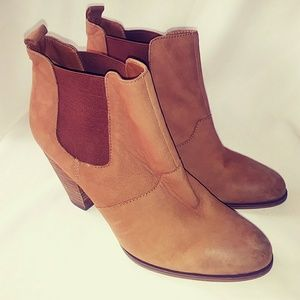 Steve Madden Ankle Brown Boots Size 9.5